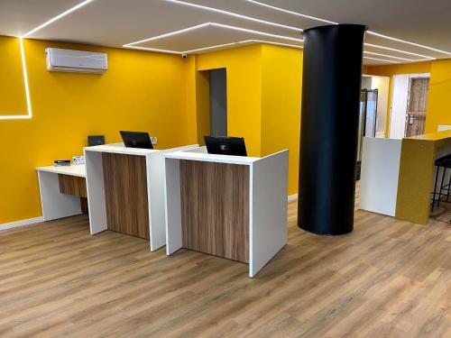 The lobby or reception area at ibis Styles Belem Batista Campos
