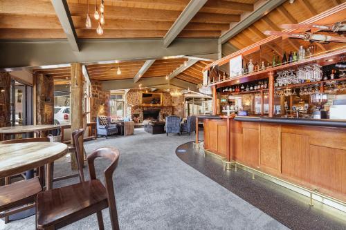 The lounge or bar area at Club Wyndham Dinner Plain Mt Hotham