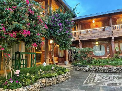 Lijiang Rongyi Homestay