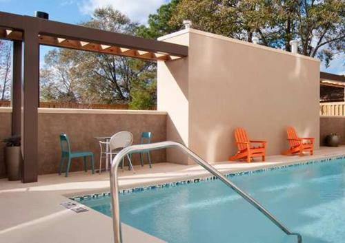 The swimming pool at or near Home2 Suites by Hilton Florida City