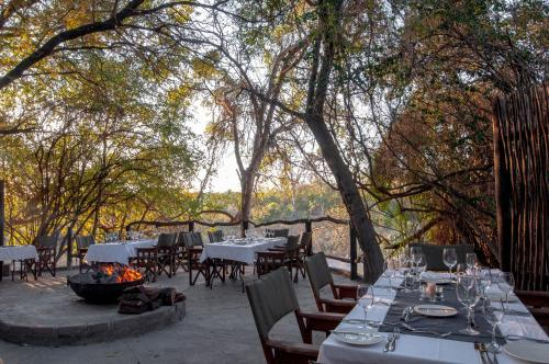 A restaurant or other place to eat at Jock Safari Lodge