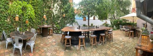A restaurant or other place to eat at Cathedral Prague Apartments