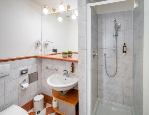 A bathroom at Chateau 9
