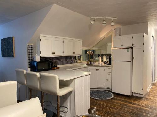 A kitchen or kitchenette at Clonmel Castle