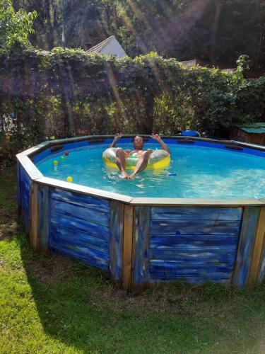 The swimming pool at or near B&B DE Boshut