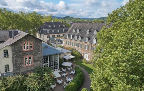 Blick auf Weinromantikhotel Richtershof aus der Vogelperspektive