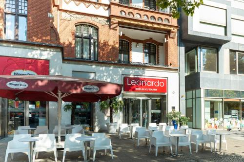 A restaurant or other place to eat at Leonardo Hotel Berlin KU'DAMM