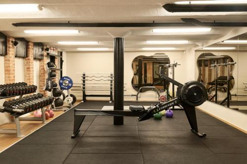 The fitness center and/or fitness facilities at Hotel Diplomat Stockholm