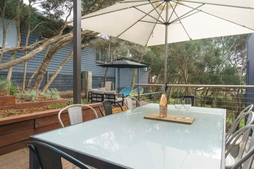 A restaurant or other place to eat at Our Escape at Rye - Modern Beachouse