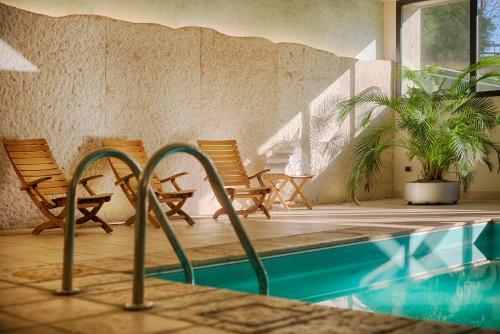 Der Swimmingpool an oder in der Nähe von NH Bologna Villanova