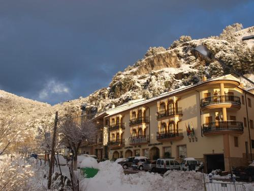 Hotel El Curro during the winter