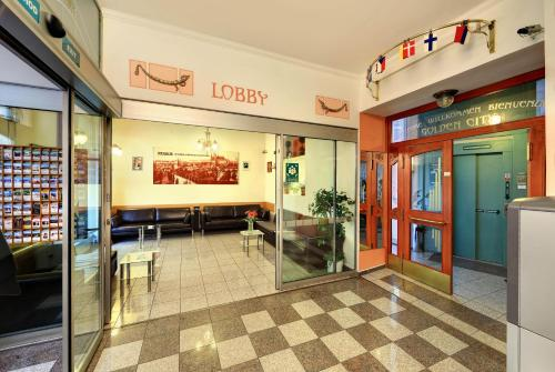 The lobby or reception area at Residence Tabor