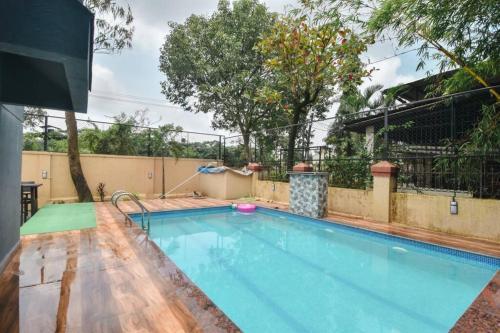 Zenia Villa 3bhk with Pool by Limestays