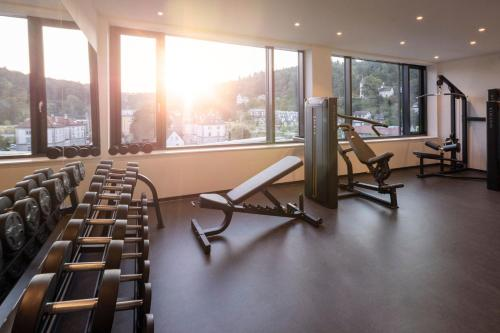 The fitness center and/or fitness facilities at Hotel am Remspark