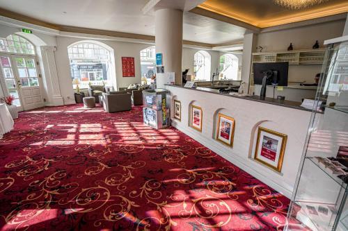 Lobbyen eller receptionen på Milling Hotel Saxildhus