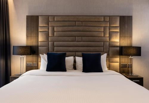 A bed or beds in a room at River Ness Hotel, a member of Radisson Individuals