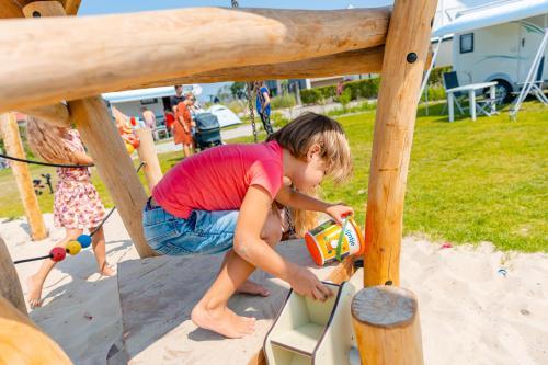 Children staying at Zonneweelde, Vakantie aan Zee