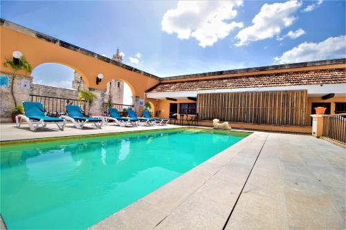 The swimming pool at or near Hotel Caribe Merida Yucatan
