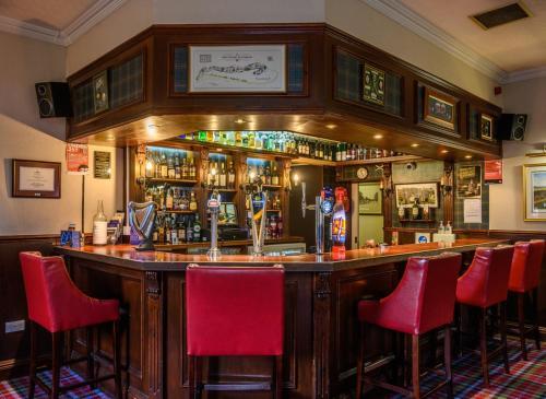 The lounge or bar area at Pinehurst Lodge Hotel - Aberdeen