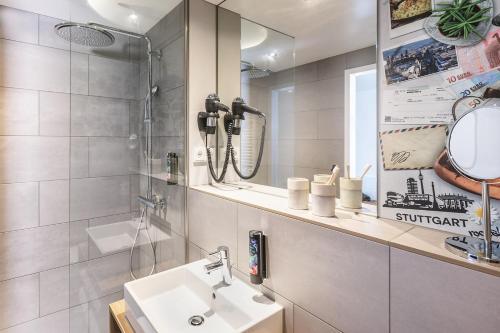 A bathroom at the niu Kettle