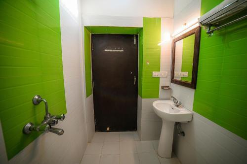 A bathroom at Hotel Turban House