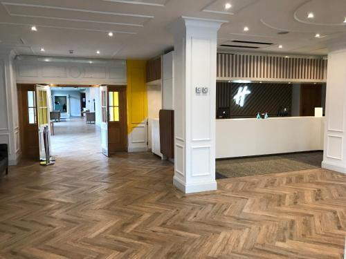 The lobby or reception area at Holiday Inn Doncaster A1- M Jct 36, an IHG Hotel