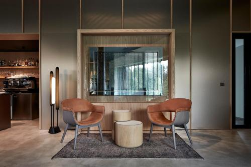 A seating area at Miura Hotel