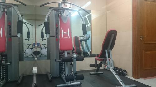 The fitness center and/or fitness facilities at Hotel Pamplona Villava