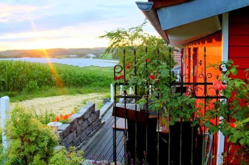 A balcony or terrace at Ana's Landhaus auch für Monteure