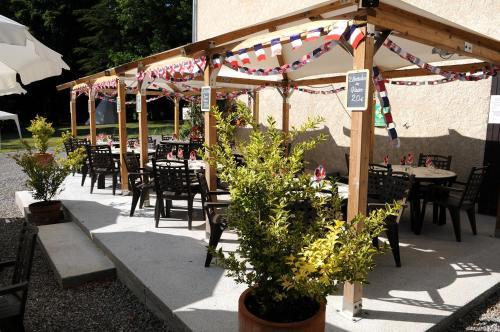 Restaurant ou autre lieu de restauration dans l'établissement La Source