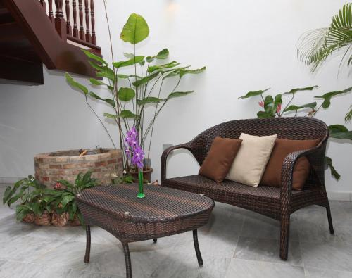 A seating area at Gingerflower Boutique Hotel