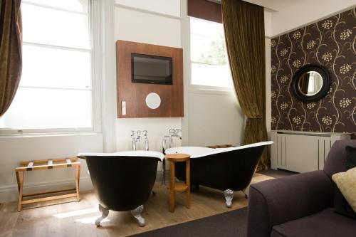 A bathroom at Hotel du Vin Cheltenham