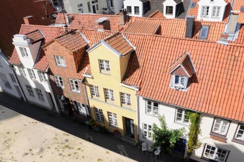 Blick auf Hotel zur alten Stadtmauer aus der Vogelperspektive