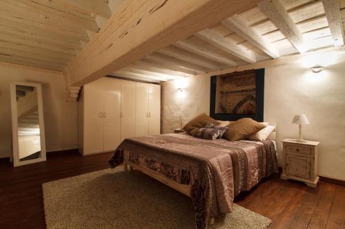 Cama o camas de una habitación en Eden Loft Firenze