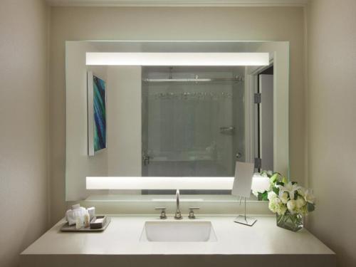Ванная комната в Ocean View Hotel