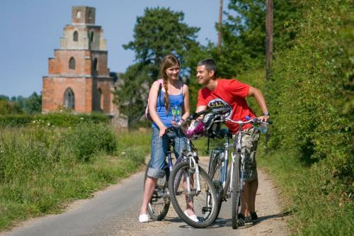 Biking at or in the surroundings of Waveney Inn