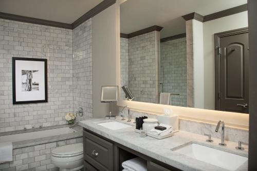 A bathroom at Hotel ZaZa Dallas