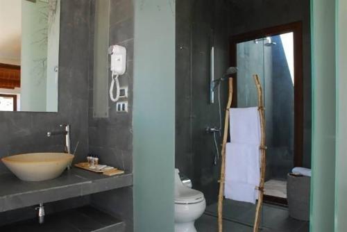 Un baño de Tierra Atacama Hotel & Spa
