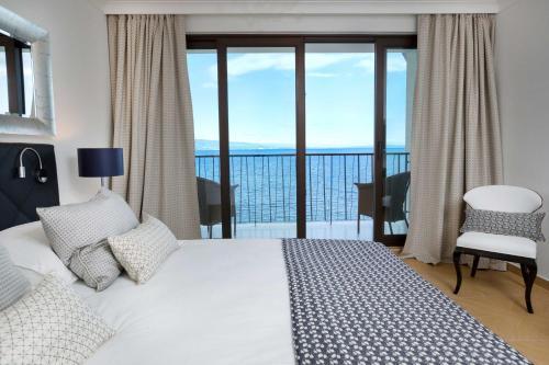 Кровать или кровати в номере Amadria Park Hotel Royal