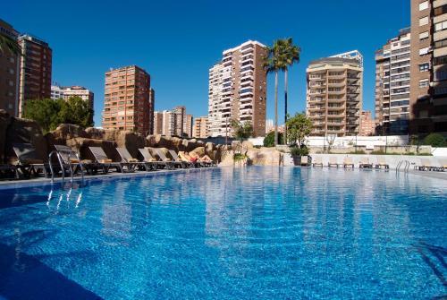 Sandos Monaco - Adults Onlyの敷地内または近くにあるプール