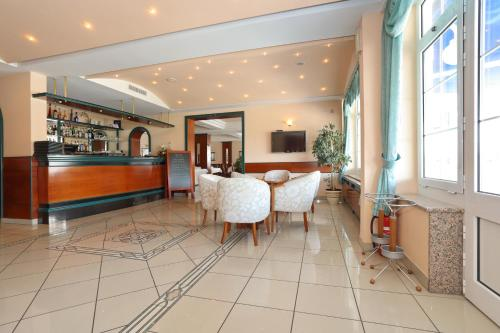 The lobby or reception area at Hotel Mediteran