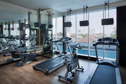The fitness centre and/or fitness facilities at Best Western Premier The Hive