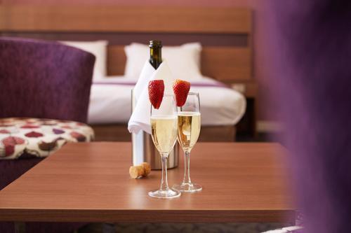 Drinks at Quality Hotel Ambassador Perth