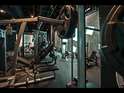 The fitness centre and/or fitness facilities at BTH Hotel – Boutique Concept