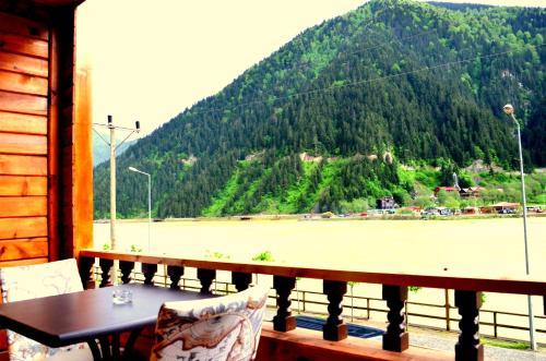 منظر الجبل العام أو منظر الجبل من الفندق