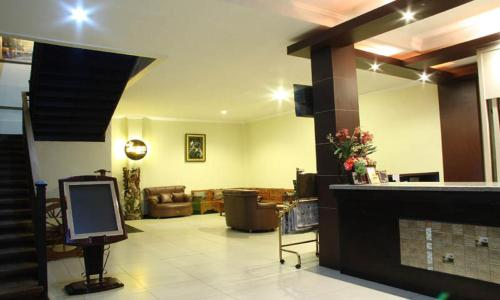 The lobby or reception area at Jazz Hotel Palu