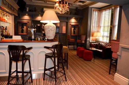 The lounge or bar area at Regent Hotel Doncaster