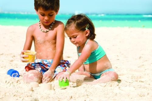 Niños alojados en Grand Oasis Palm - All inclusive