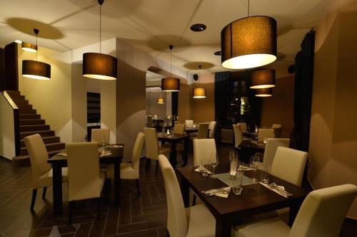 Restaurace v ubytování Pension La Campagna