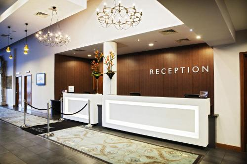 The lobby or reception area at DoubleTree by Hilton Lincoln